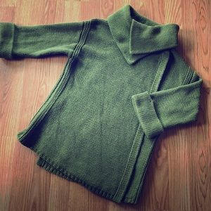 Olive 3/4 sleeve sweater w/fold neck